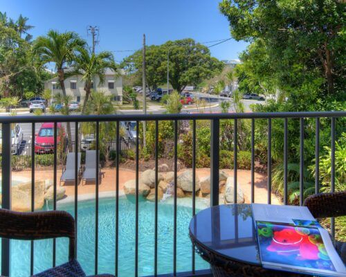 Cairns-Queenslander-Jasmine-Hotel-Room (6)