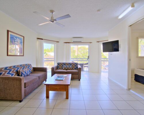 Cairns-Queenslander-Mimosa-Hotel-Room (8)