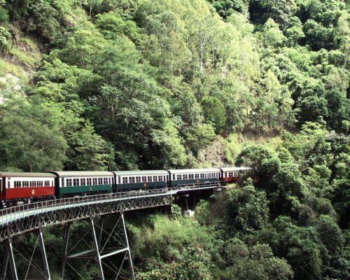 cairns-australia-kuranda-train-1
