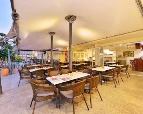 restaurant-cairns
